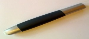 マーカータイプのペン