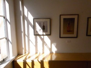 ギャラリーに差し込む光(作品保護という意味では問題ありますが・・・)